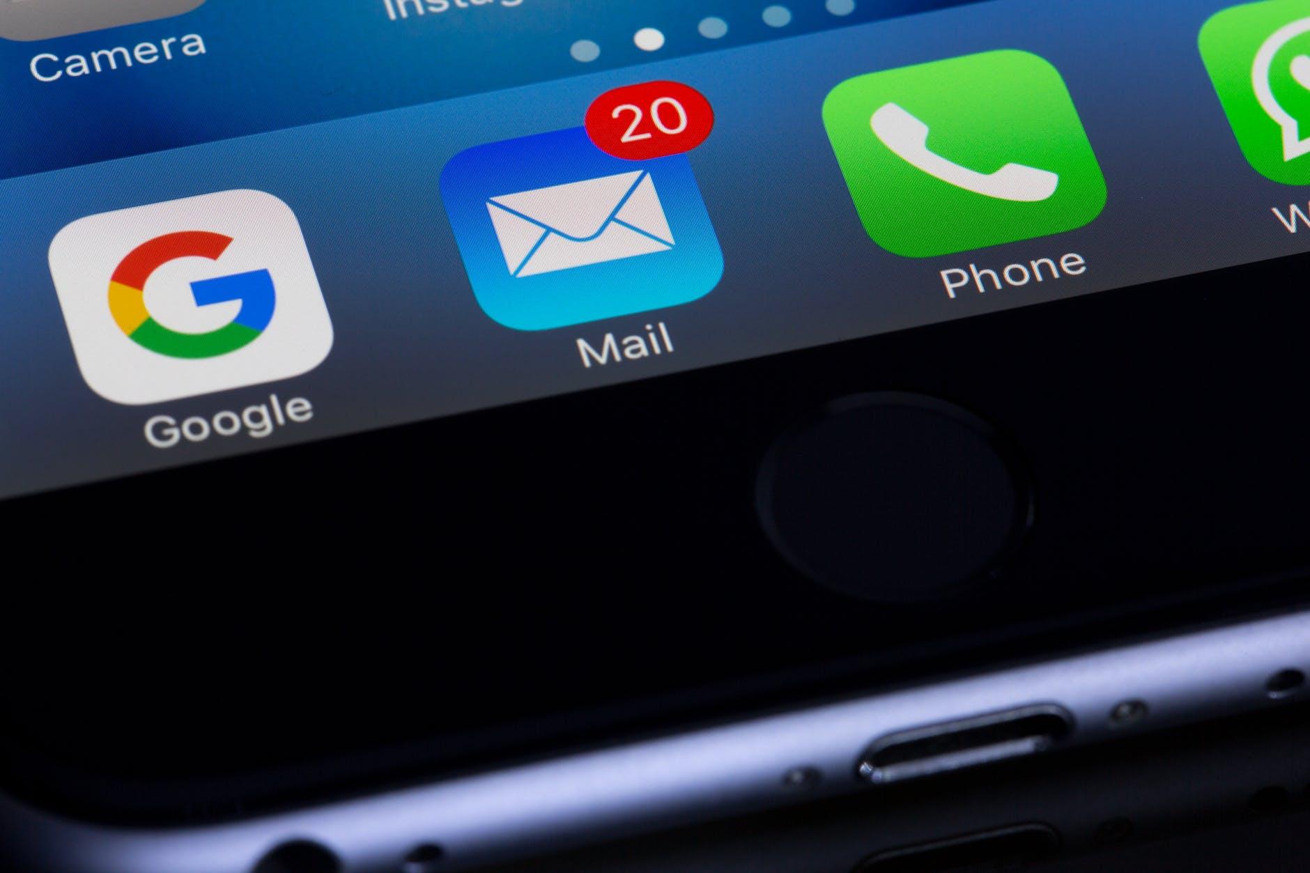 mail smartphone