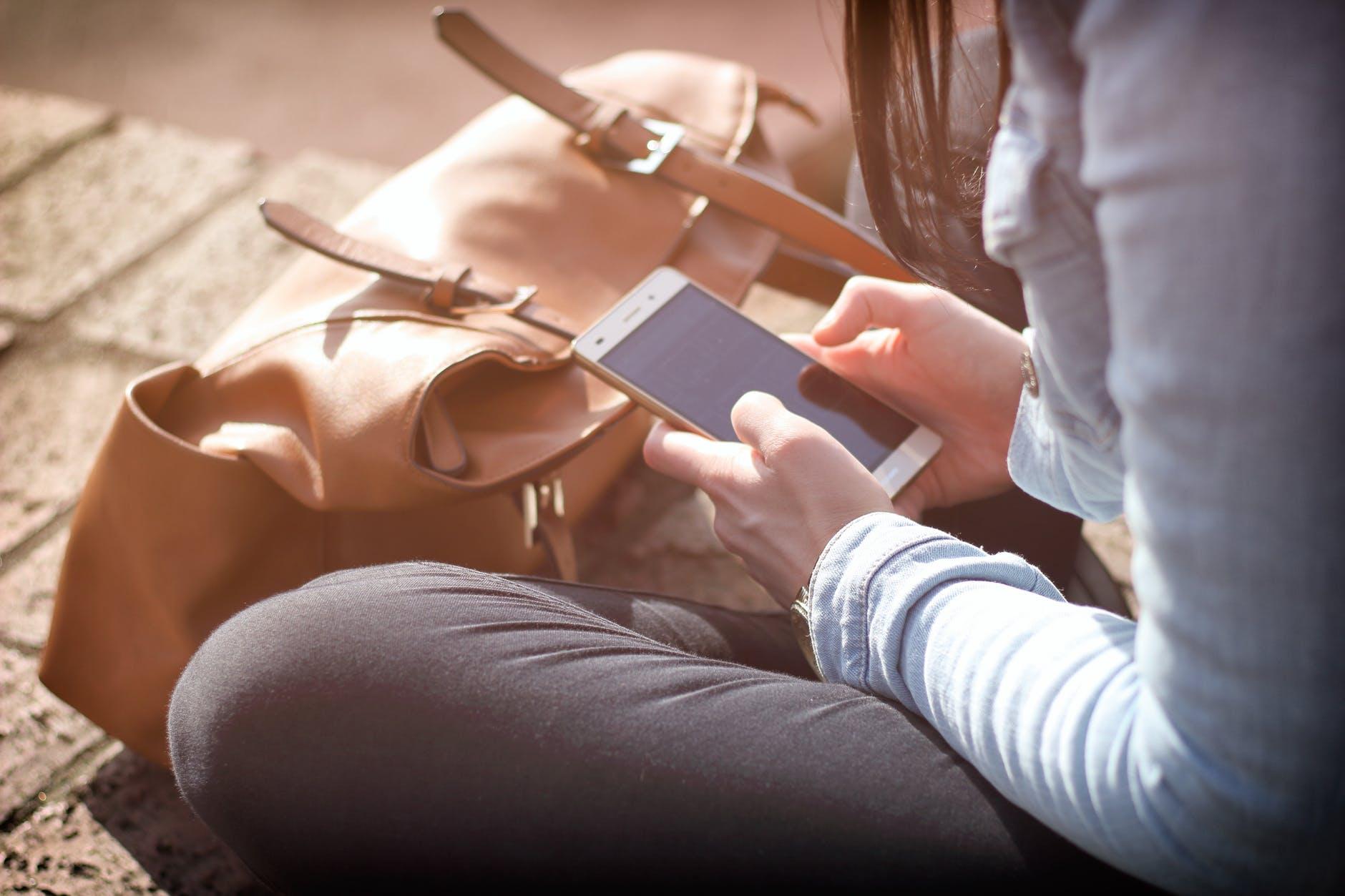 smartphone femme sac